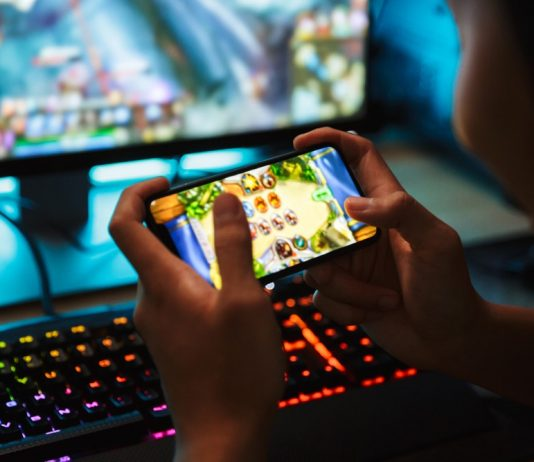 """Blockchain Mass Adoption to Come through Games, however """"Killer Apps"""" Required"""