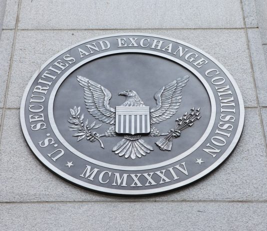 SEC Commissioner Not Prepared to Authorize Bitcoin ETF, Worries Fester