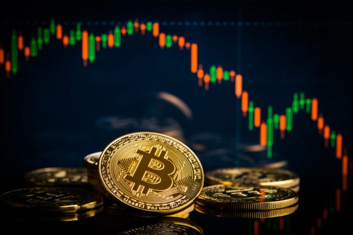 Bitcoin Rate Falls Below $4,000 Once Again: Is Another Huge Drop in Shop?