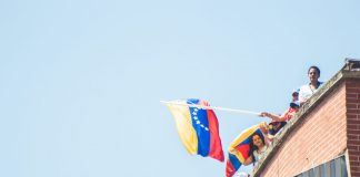 Bitcoin Is A Hedge Versus Bolivar-Induced Financial Suicide, Claims Venezuelan Economic Expert