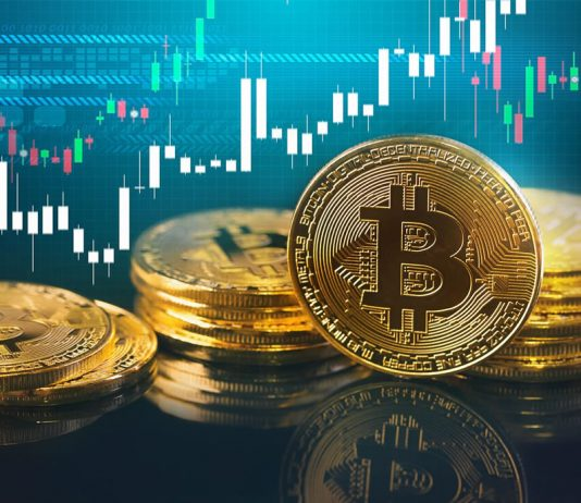 Expert: Bitcoin Will Break Greater in Next Move Based Upon 12 Month Patterns