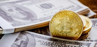 Ron Paul: The U.S. Dollar Remains In a Bubble, Bitcoin An Option