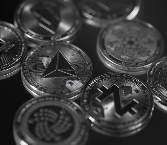 Has Altseason Begun as Bitcoin Supremacy Starts to Decrease?