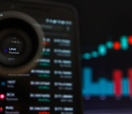 Crypto Hot Cake Chainlink (LINK) Rises 270% in a Month, Is it Simply FOMO?