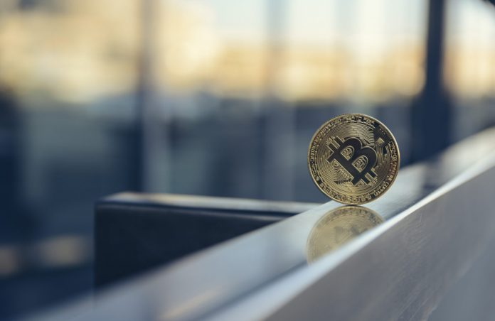 """Purchase Bitcoin? Legendary Financier Dalio Anticipates """"Paradigm Shift"""" in Financing"""