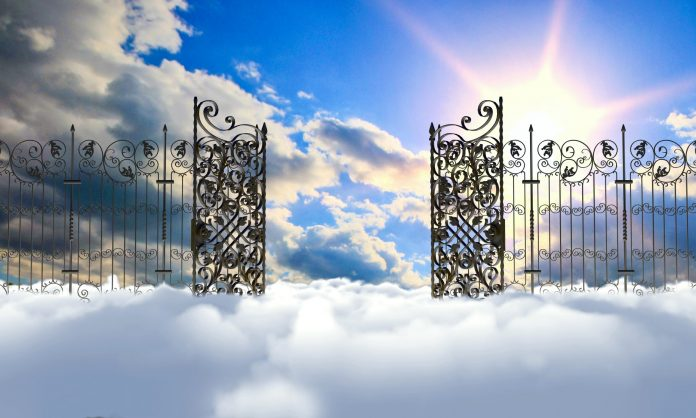 Bitcoin Holds Above The Clouds As Bulls Get Ready For Heavenly Regular Monthly Close