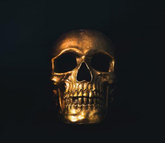 "Yearn.finance Nears Sub-$12,000 ""Death Zone"" as Experts Eye Disadvantage"