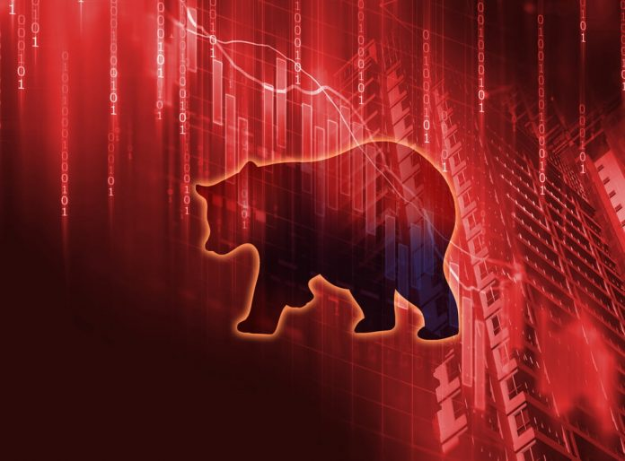 Coinbase Delisting Triggers XRP Plunge; Expert Projections Decrease to $0.10