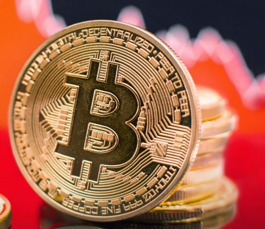 Bitcoin cost– live: Crypto market deals with 'decisive moment' after crash wipes worth from Ethereum and dogecoin